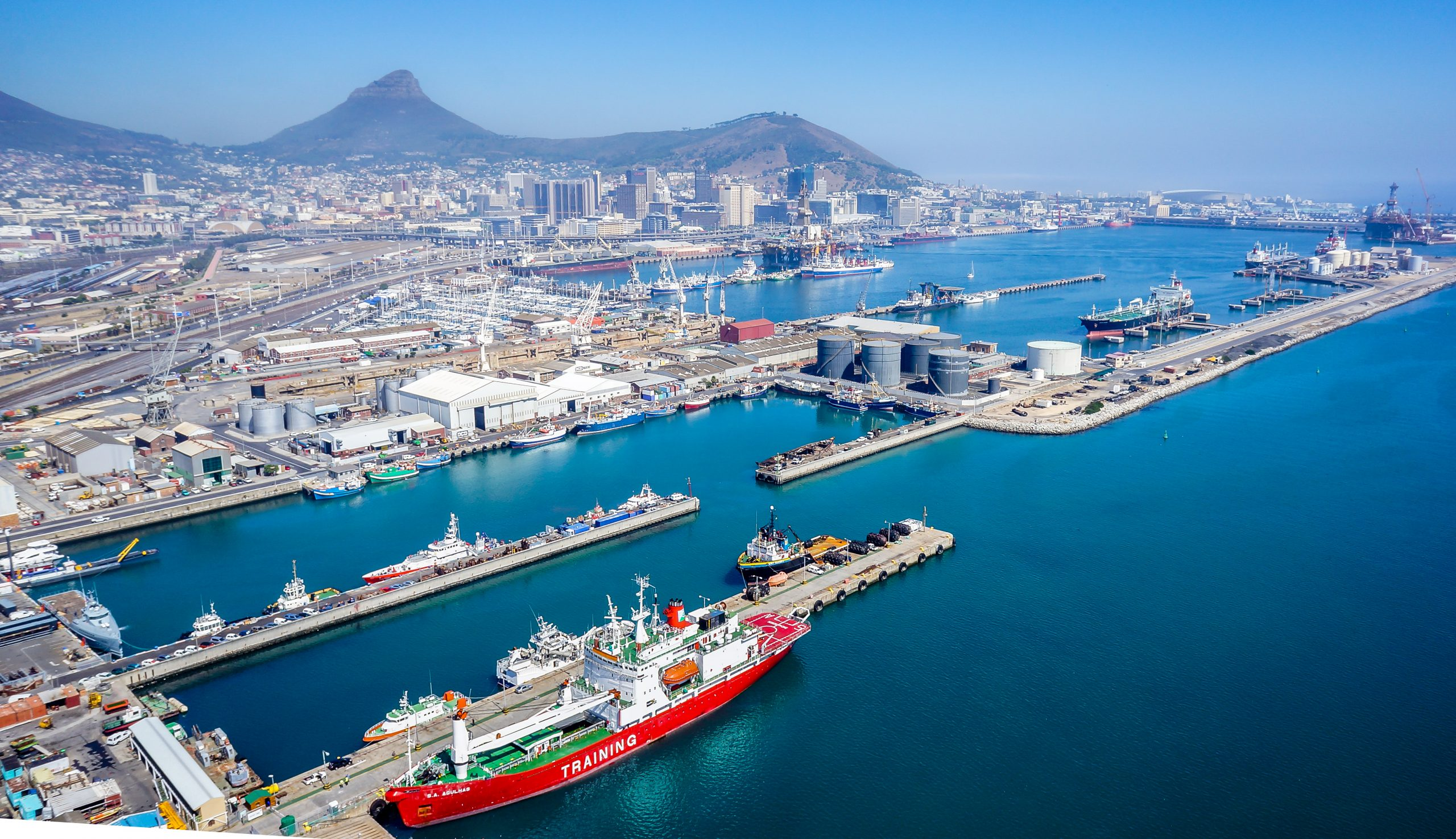 CONTINUING INEFFICIENCIES AT PORT OF CAPE TOWN A RISK FOR AGRICULTURAL EXPORTS