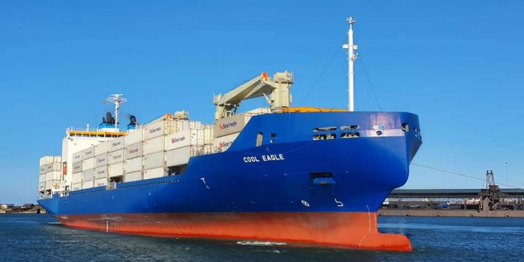 Citrus growers welcome world's largest reefer vessel