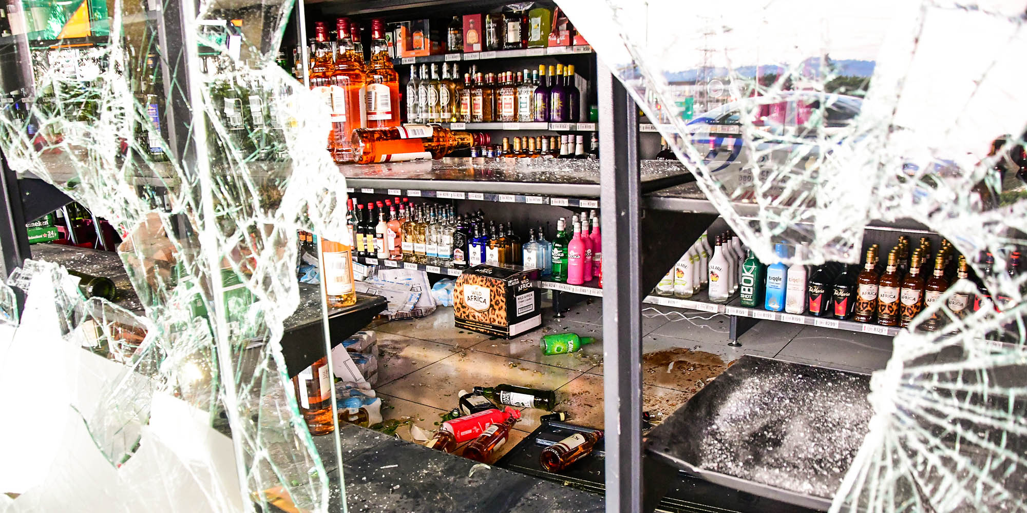 Beleaguered alcohol industry crippled further by looting